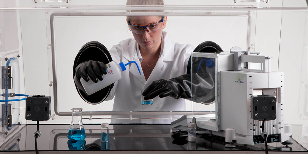 Best Practices for Effective Laboratory Fume Hoods Usage